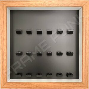 FRAMEPUNK black background and black mounts display frame compatible with 18 Lego minifigures (Oak)