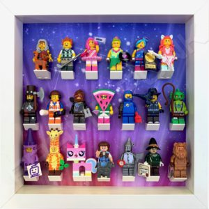 LEGO MOVIE 2 display frame with minifigures (white)