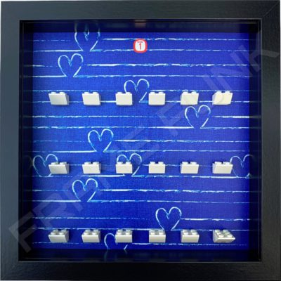 FRAMEPUNK black display frame compatible with LEGO Disney Minifigures Series 1 (Heart)