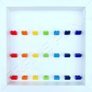 Frame Punk Rainbow display frame for 21 minifigures (white frame)