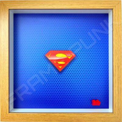 FRAMEPUNK superhero display compatible with single LEGO Superman minifigure (Oak)